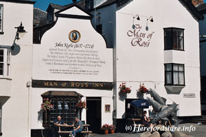 Man of Ross pub